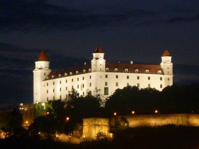 Почему Словакия? Чем привлекательна Словакия? А есть ли смысл переезжать в Словакию?